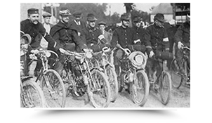 Patriotic Peugeot: delivery of motorbikes to the French Army