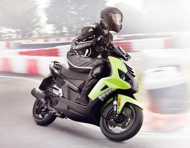 Scooter 50 Cm3 125 Cm3 200 Cm3 3 Wheels Peugeot